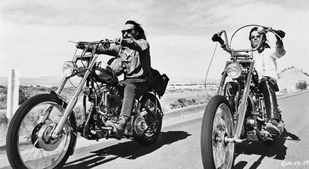 Easy-Rider 5 PELÍCULAS DE MOTOCICLISTAS 5 PELÍCULAS DE MOTOCICLISTAS Easy Rider