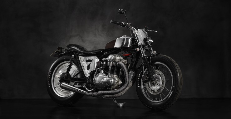 Kawasaki-W650-Superrench-by-Angry-Lane-1-740x382