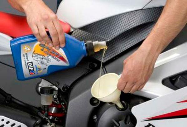 guardar-moto-cambio-de-aceite