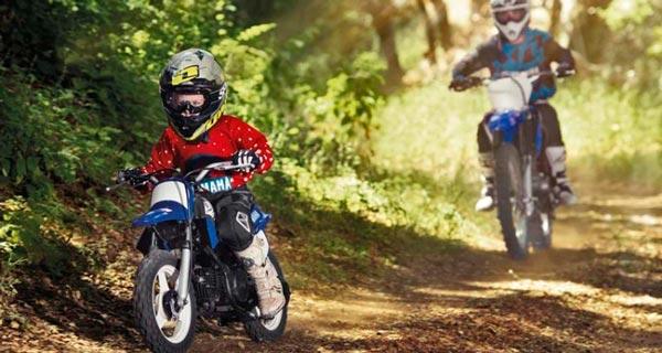 padres-e-hijos-motos