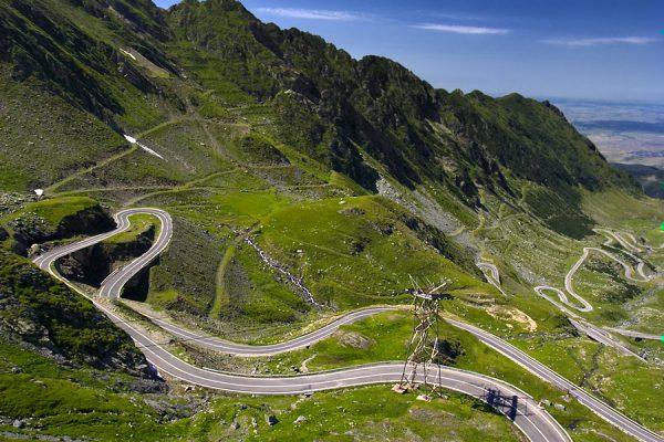 79  Las 10 mejores rutas del mundo para andar en moto (primera parte) 79 e1468223157426