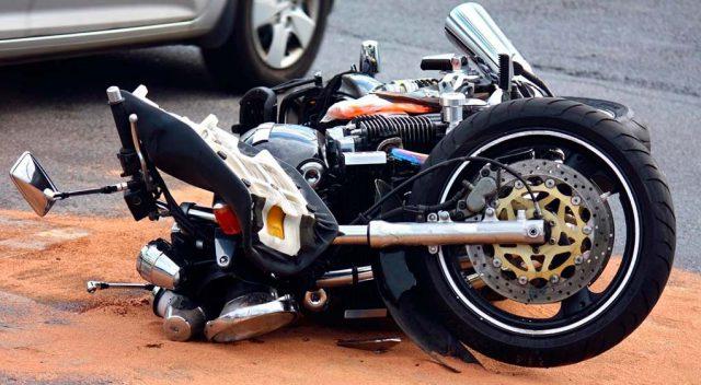 cómo actuar frente a un accidente en moto
