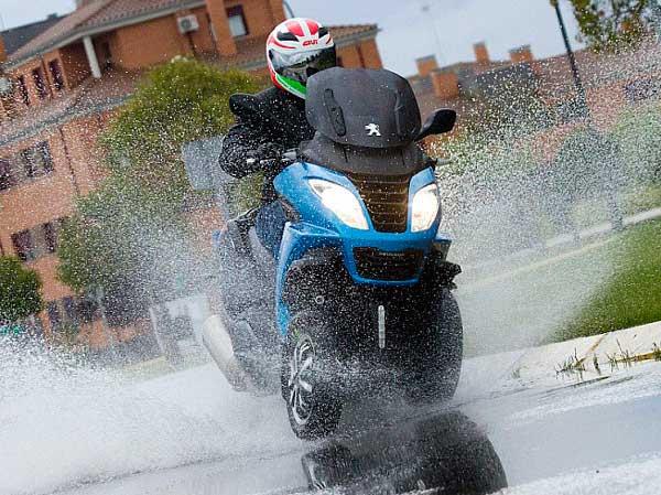 impermeable-para-moto5 impermeable para moto Cómo comprar un buen impermeable para moto Impermeable para moto5