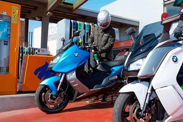 Ahorrar gasolina en moto