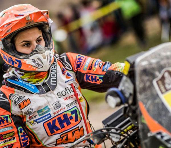 Orgullo Femenino En El Dakar Con Laia Sanz Pasión Biker