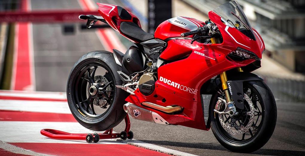 Superbike de 4 cilindros en V