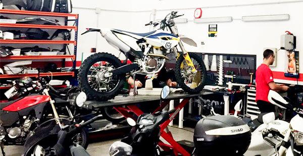Evita que tu moto se sobrecaliente