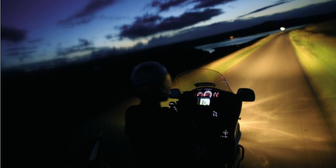 https://www.pasionbiker.com/revisa-suspension-moto-consejos-basicos/