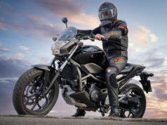 La indumentaria de los motociclistas es clave