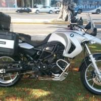 Preciosa moto doble proposito super equipada 800cc 2012